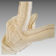 Vintage 1940s Chamois Cream Suede Gloves with Brown Contrast Handstitching M
