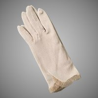 Vintage 1960s Cream Beige Mesh Stretch Knit Cafe Gloves with Tiny Ruffle Tuck Trim