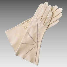 Vintage 1960s Cream Beige Leather Gloves with Contrast Brown Zig Zag Top Stitching
