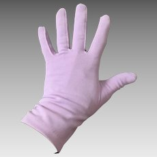 Vintage 1960s Spring Lilac Fashion Gloves with Gathered Side Seams at Wrist