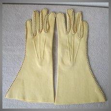 Vintage 1940s Butter Yellow Van Raalte Reindoe Gloves with Contrast Topstitching