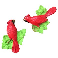 1970s Vintage Pair of Chalkware Cardinals Wall Plaques Hangings Miller Studios