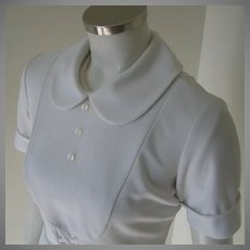 Vintage 1960s White Waitress Hair Stylist Beautician Uniform Top Peter Pan Collar Bib Front S
