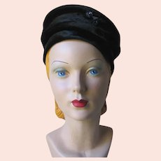 Vintage 1960s Quilted Black Velvet Hat with Rhinestone Bows