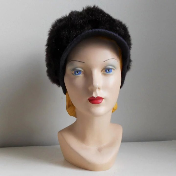 9abb23f1623e4 Vintage 1960s Cozy Dark Faux Fur Winter Hat with GoGo Girl Brim ...