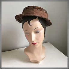 Vintage 1960s Brown Straw Hat with Wide Grosgrain Ribbon Hat Band The New Utica Des Moines Debway
