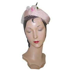 Vintage 1960s Pastel Pink Ring Halo Hat with Veil