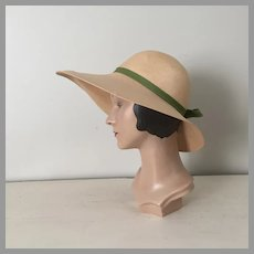 Vintage 1970s Large Straw Sunhat with Red Poppy Flower