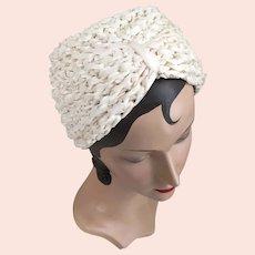 1930s Vintage Creamy White Woven Ribbon and Cello Turban Hat