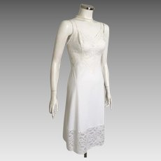 Vintage 1950s 1960s White Lace Slip Underslip Vanity Fair 34 S