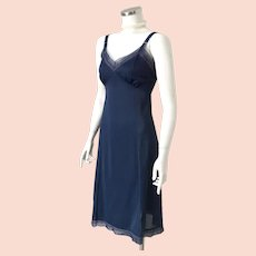Vintage 1960s 1970s Midnight Blue Nylon Phil-Maid Lingerie Full Slip S M