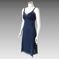 Vintage 1960s 1970s Midnight Blue Nylon Phil-Maid Lingerie Full Slip S M