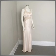 Vintage 1930s Champagne Blush Bias Cut Rayon Satin Nightgown with Lace Trim M