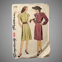 Vintage 1940s 1945 Shirtwaist Dress Sewing Pattern by Simplicity # 1526
