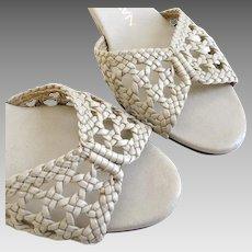 Vintage 1970s Naturalizer Bone Taupe Open Weave Peep Toe Wedge Cork Sole Summer Sandals M