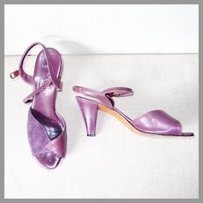 Vintage 1970s Disco Era Italian Purple Leather and Suede Peep Toe Sling Back Strappy Heels Shoes by Amalfi