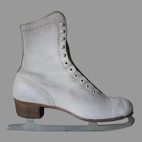 Vintage 1950s White Leather Canadian Flyer Silver Brazed Figure Ice Skates