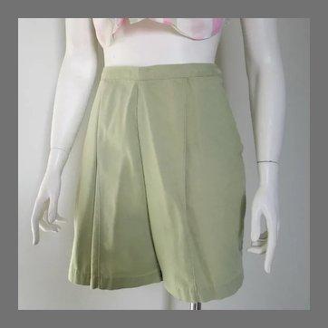 Vintage 1960s Sage Green Cotton Shorts M Summer