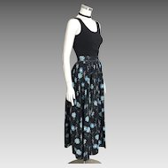 Vintage 1970s Black with Blue Asters Flowers Novely Print Maxi Skirt M L