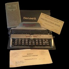 Antique  1914 Bennett Typewriter