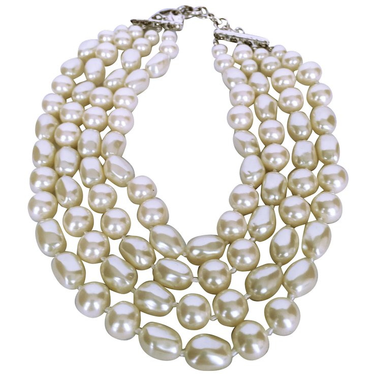 ivory velvet pearl triple faux necklace vintage strand blue