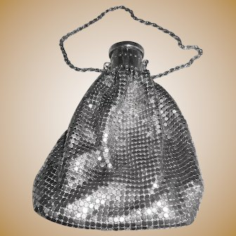Early Twentieth Century Silver Mesh Expandable Beggar's Purse