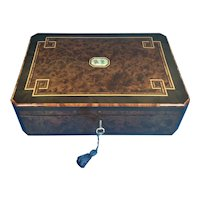 19th Century French Burr Cedar Jewellery Box. Dating back to c.1870