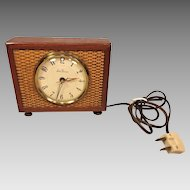 Vintage Seth Thomas Electric Alarm Clock  Wood & Metal Case Runs Model SS10-T