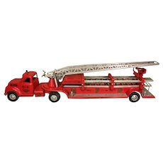 Vintage Tonka MFD #5 Ladder Fire Truck  2 Section Extension Ladder Goes Up & Out   Very Nice Condition