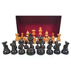 Vintage Wood Chess Playing Pieces Staunton Style in Original Case   William Drueke Grand Rapids Michigan
