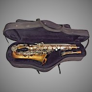 Vintage Bundy II Saxophone Made by Selmer Companu in USA w/ Neck, Case & Mouthpiece