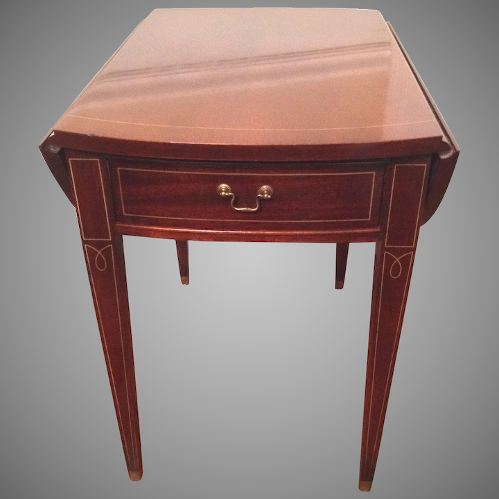 Vintage Hickory Chair Co Hepplewhite Pembroke Style One Drawer Drop Timelesstokensde Ruby Lane