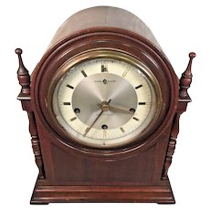 Vintage New Haven Durham Model Cathedral Mantel Clock w/ Westminster Chime Runs