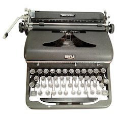Royal Quiet De Luxe Typewriter, 1946 - With Case and Kil-Klatter Pad