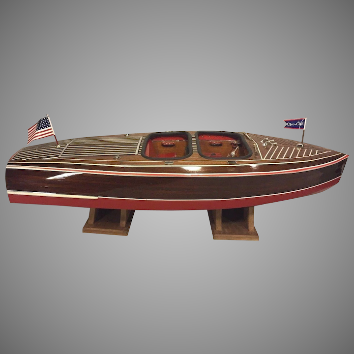 Dumas Chris-Craft Runabout Remote Control Boat w/ Astro-21 Motor 1938 Model  #1241 w/ Stands 43 5