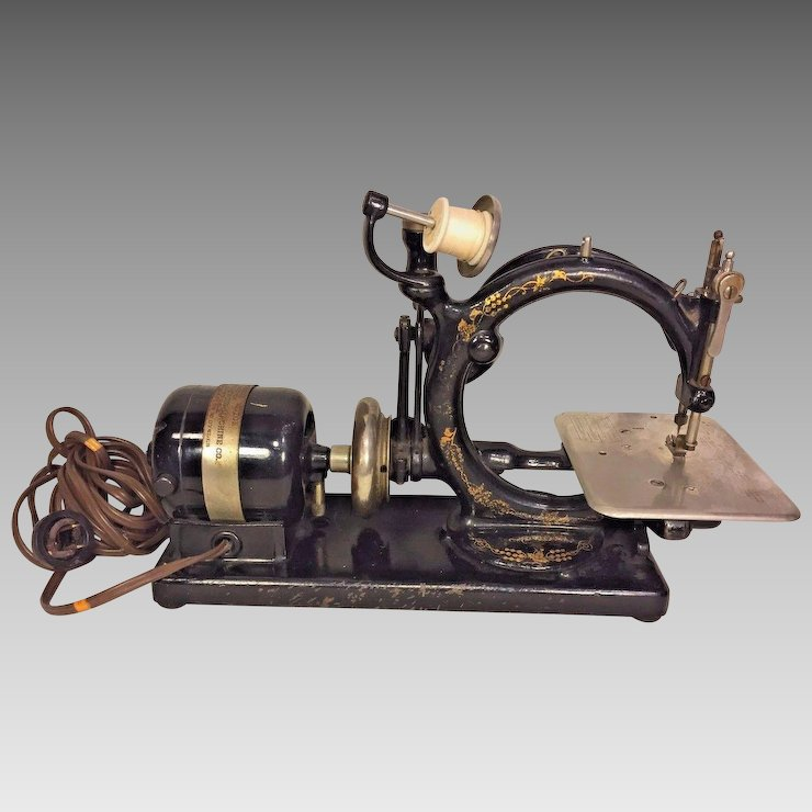 Vintage Willcox And Gibbs Sewing Machine W Foot Floor Control Classy Willcox And Gibbs Sewing Machine