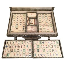 Maj Jong Set Diminutive Cloth Lined Case   Bone & Bamboo Playing Pieces   w/ Instruction Booklet  Made in Hong Kong