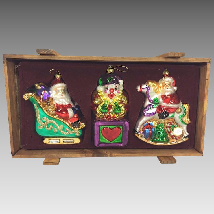 Thomas Pacconi Museum Series Xmas Ornaments in Wood Case Set #1 - Thomas Pacconi Museum Series Xmas Ornaments In Wood Case Set #1