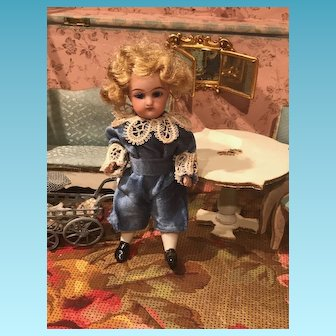 Miniature all bisque Mignonette, Simon & Halbig doll 890  size 2 13 cm 5 inch