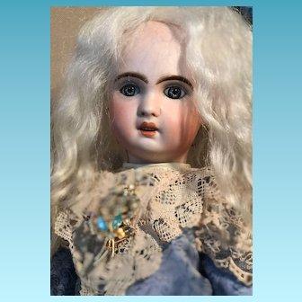 Antique ORIGINAL French PARIS Tete Jumeau Porcelaine Bisque Head doll 38 cm