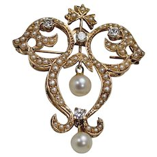 Stunning Pearl and Diamond Brooch, 14Kt YG