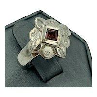 Vintage Retro 14k White Gold Diamond Garnet Ring