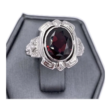 Art Deco 14K white Gold oval Garnet Ring