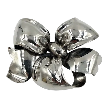 Rare Monet Sterling Silver Ribbon bow Brooch Pin xl