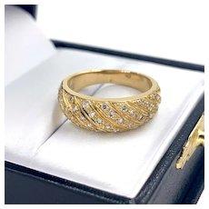 Vintage 18K Yellow Gold .60ctw Diamond Ladies Band Ring