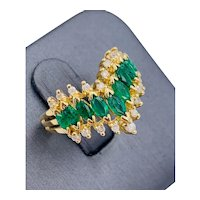 Vintage 14K yellow Gold 1.25cts marquise Emerald and Diamond cocktail ring