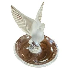 Lalique France Crystal Thalie Design Dove Bird Ring Dish Tray