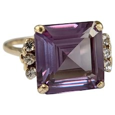 Estate 10k Yellow Gold Synthetic Alexandrite and Spinel Ring