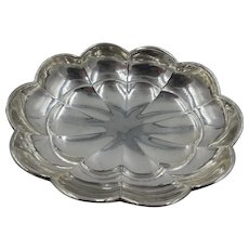 Vintage Wallace Sterling Silver 925 Scalloped footed Bowl