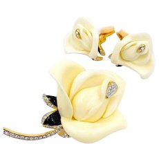 Vintage KJL Kenneth Jay Lane White Rose Flower Crystal Enamel Brooch Earring Set